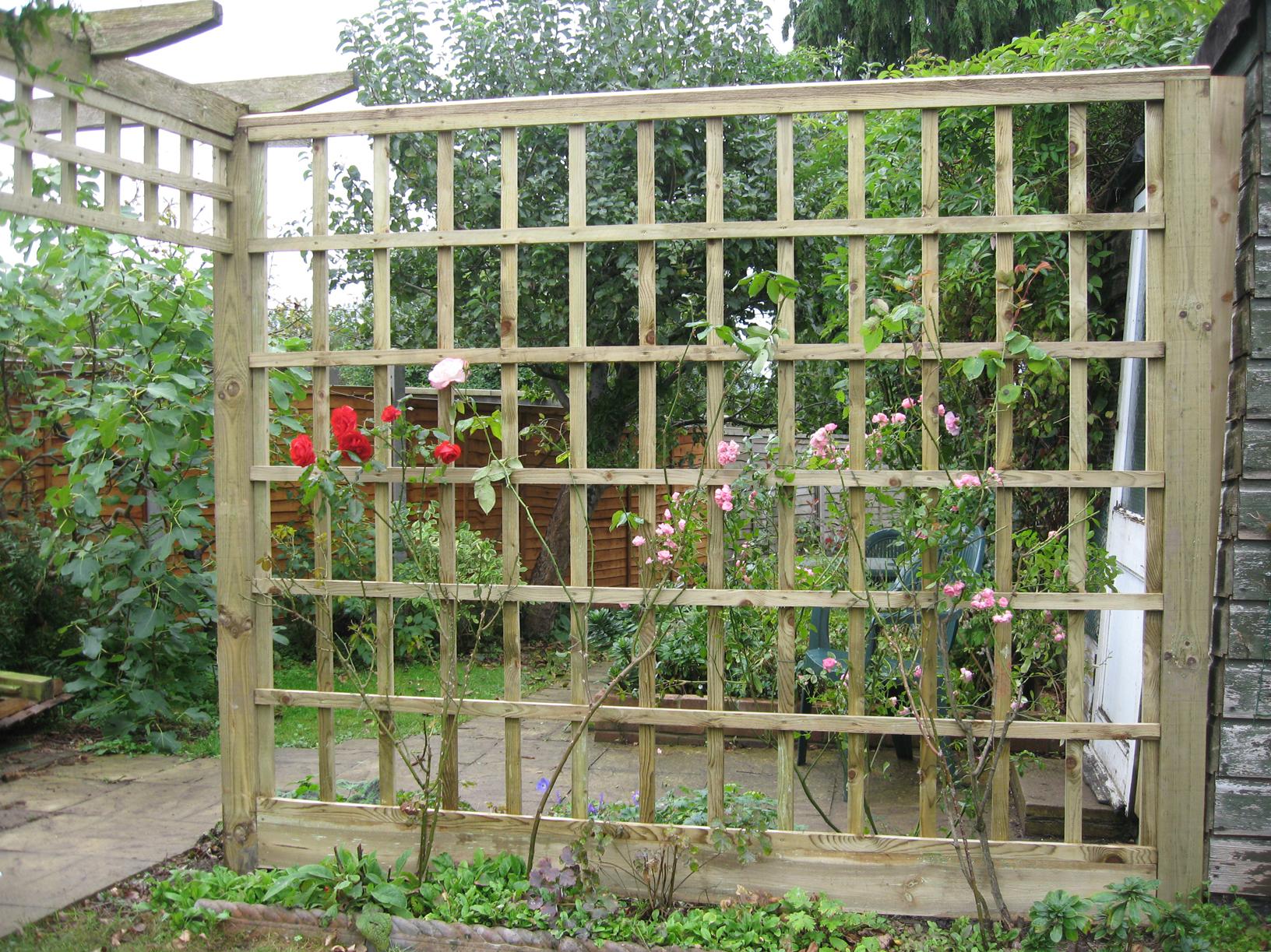 dahkero: Made to measure garden storage sheds